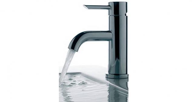 Griferia Para Baño Easy:Es una línea monocomando de tipo simple, de alto valor en diseño